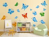 Butterflies (Kit) - There as many as 100 000 species of butterflies in the world! How many can you identify? Teach your children to love and respect them with this kit of 18 colourful wall decals of butterflies. Use them to decorate the nursery or kid room.
