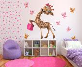Do you have a fashionista in your family that is also a wildlife lover? Take her on the most fashionable safari ever with our kit of wall decals for kids. Place on a wall this giraffe with an elegant pose and pink accessories, next to her biggest fans, the butterflies.