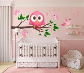 Cute Owl - How lovely are the wise owls! Decorate a nursery or kids room with these multicoloured wall decals featuring a chubby pink owl on its branch and little pink birds singing. Place the stickers wherever you want: they're repositionable!